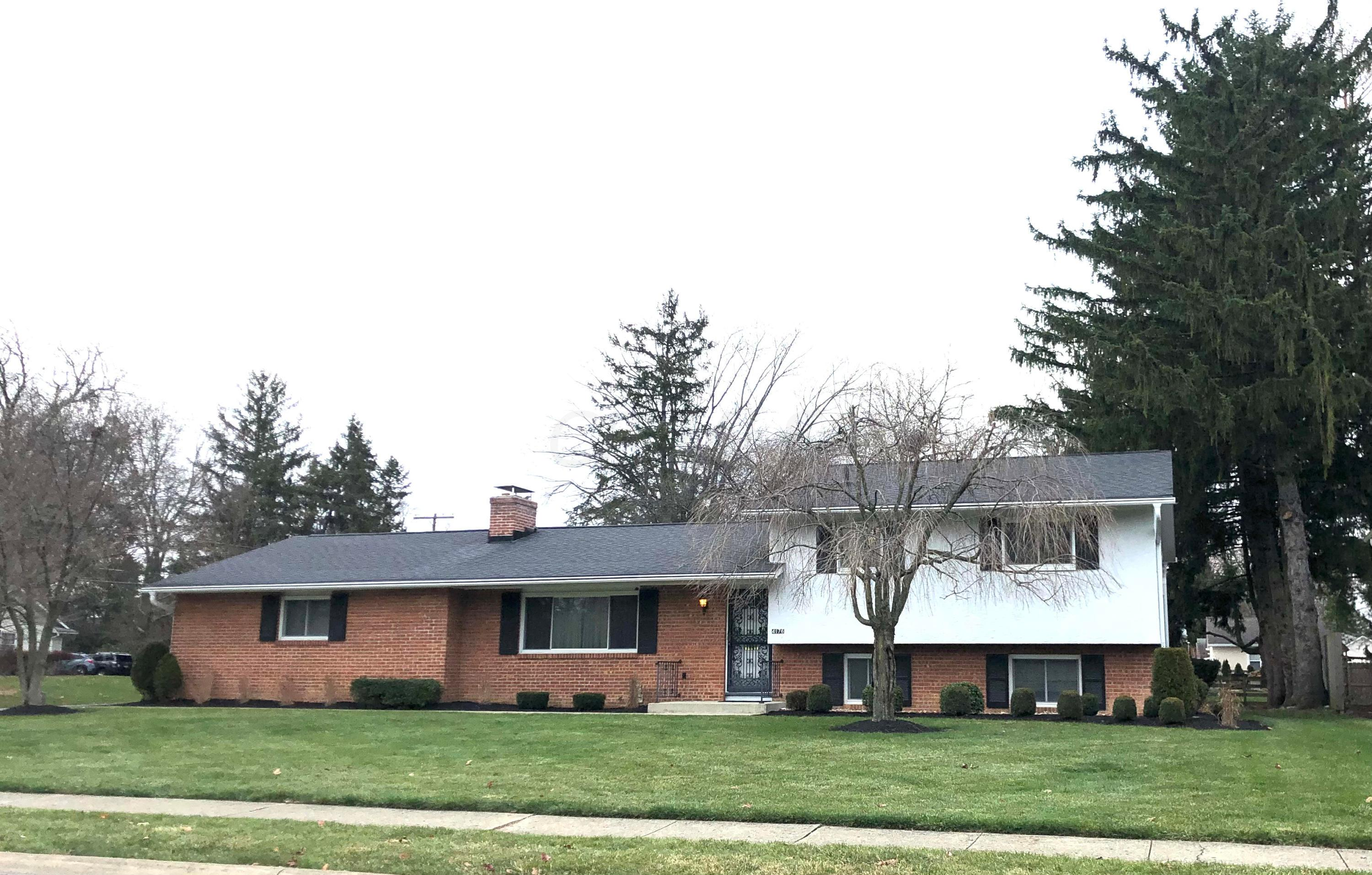 4176 Ashmore Road, Columbus, Ohio 43220, 4 Bedrooms Bedrooms, ,4 BathroomsBathrooms,Residential,For Sale,Ashmore,220042995