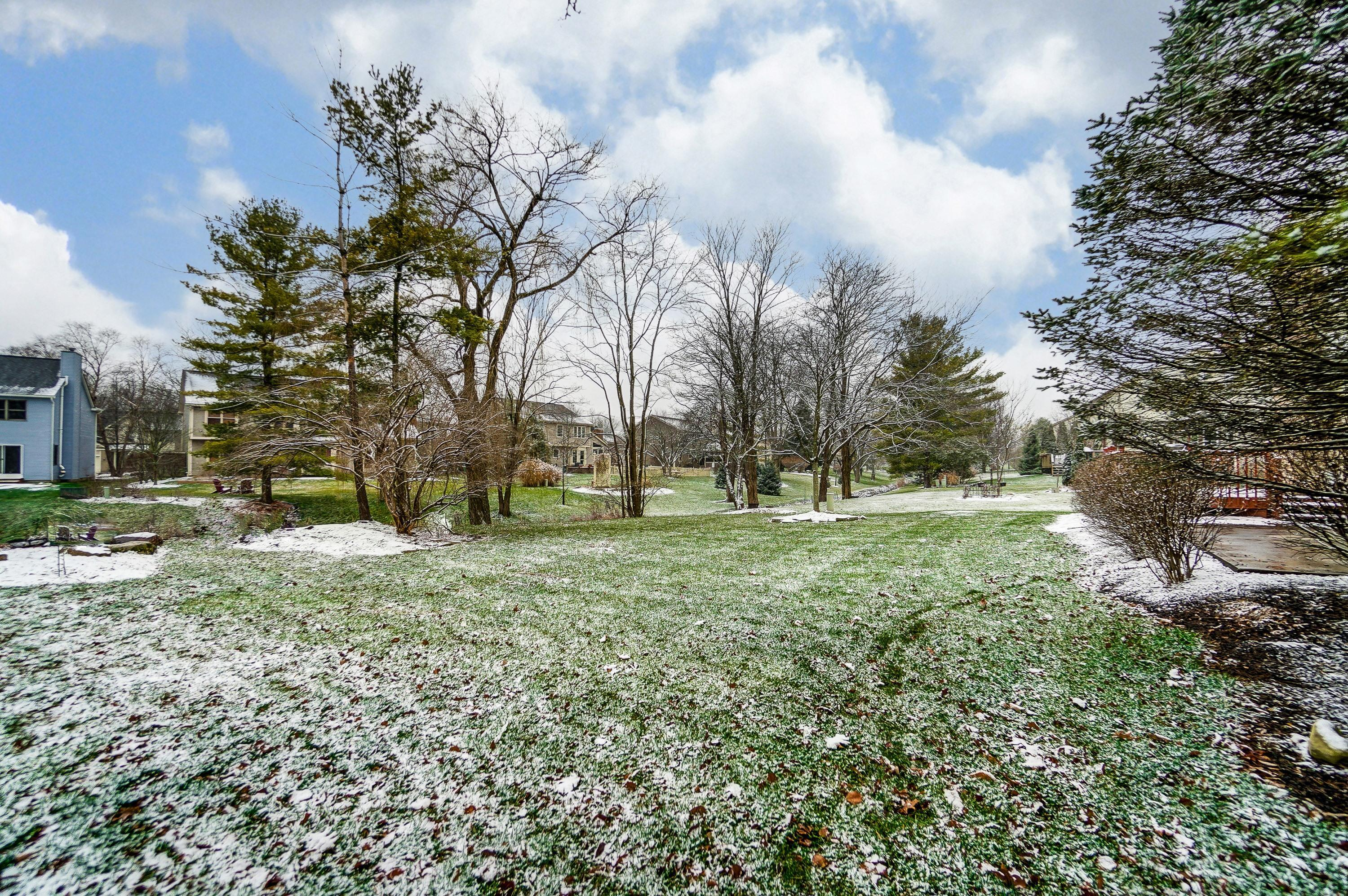 5629 Dublinshire Drive, Dublin, Ohio 43017, 4 Bedrooms Bedrooms, ,3 BathroomsBathrooms,Residential,For Sale,Dublinshire,220043390