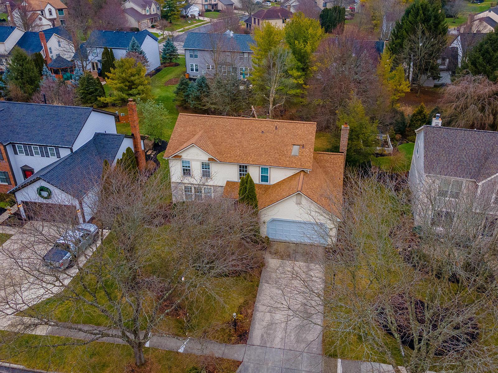 5751 Sells Mill Drive, Dublin, Ohio 43017, 4 Bedrooms Bedrooms, ,3 BathroomsBathrooms,Residential,For Sale,Sells Mill,221000215