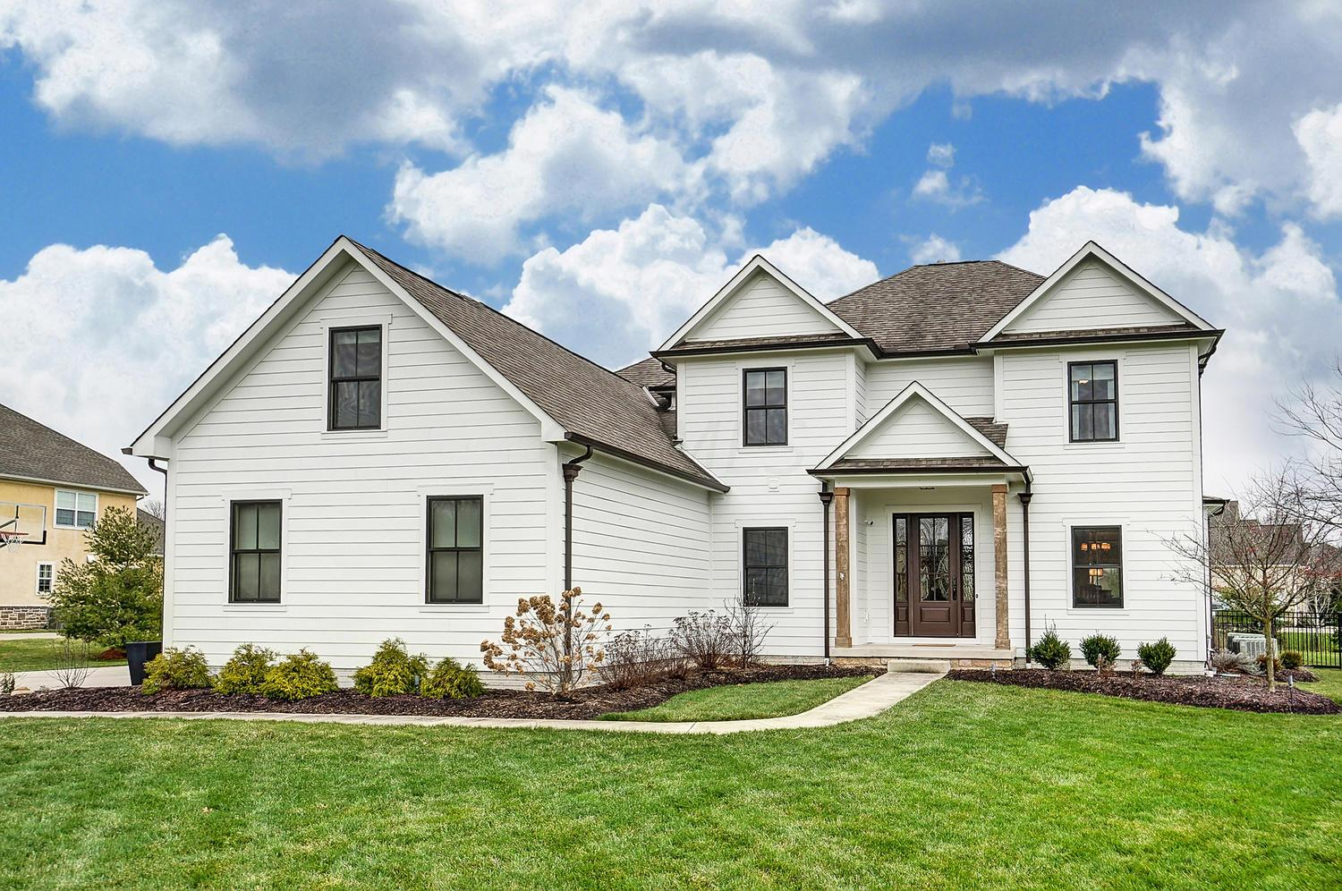 5710 Fox Chase Trail, Galena, Ohio 43021, 4 Bedrooms Bedrooms, ,6 BathroomsBathrooms,Residential,For Sale,Fox Chase,221000423
