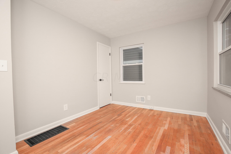 2237 Nottingham Road, Columbus, Ohio 43221, 3 Bedrooms Bedrooms, ,2 BathroomsBathrooms,Residential,For Sale,Nottingham,221000442