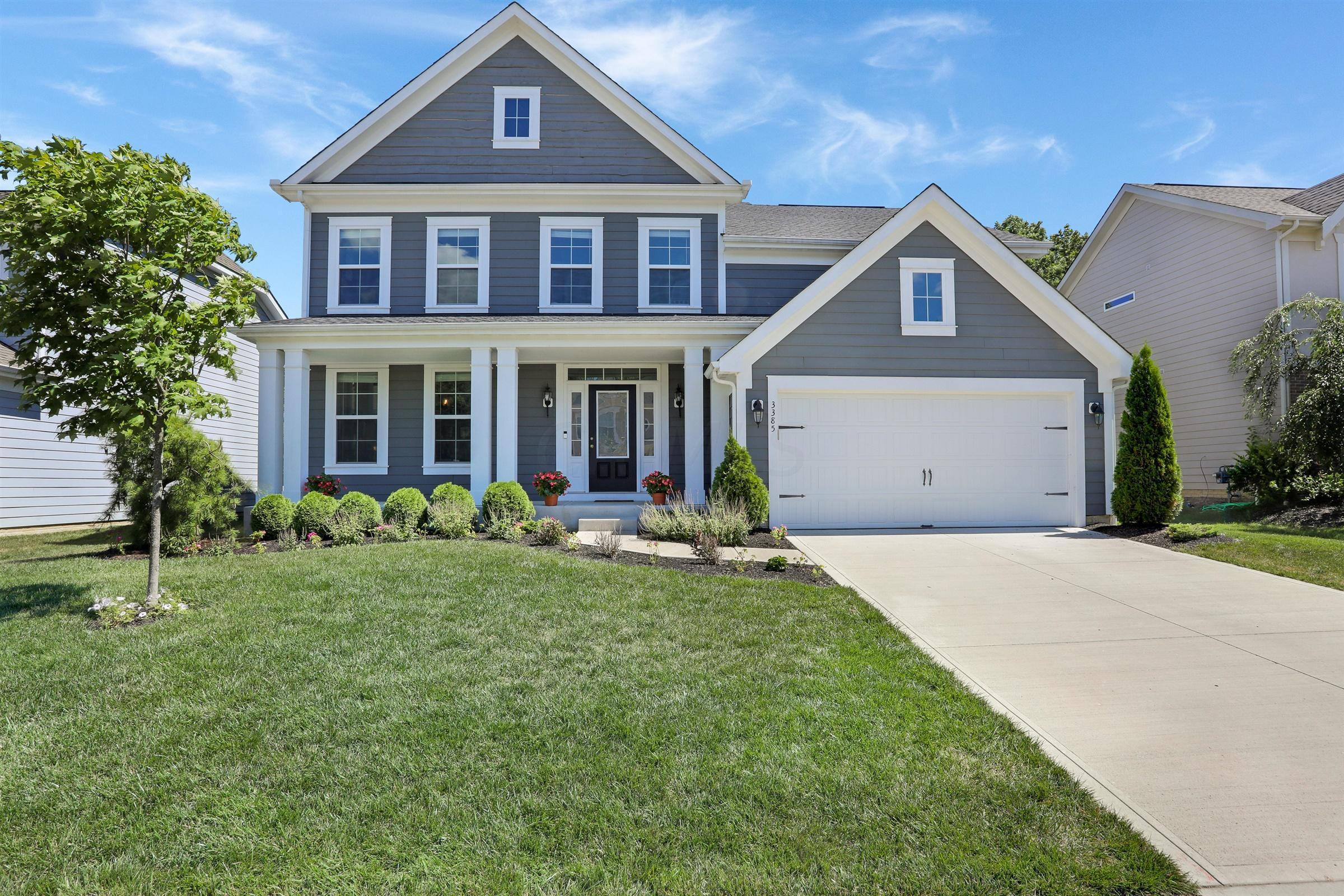3385 Woodland Drive, Hilliard, Ohio 43026, 4 Bedrooms Bedrooms, ,4 BathroomsBathrooms,Residential,For Sale,Woodland,221000490