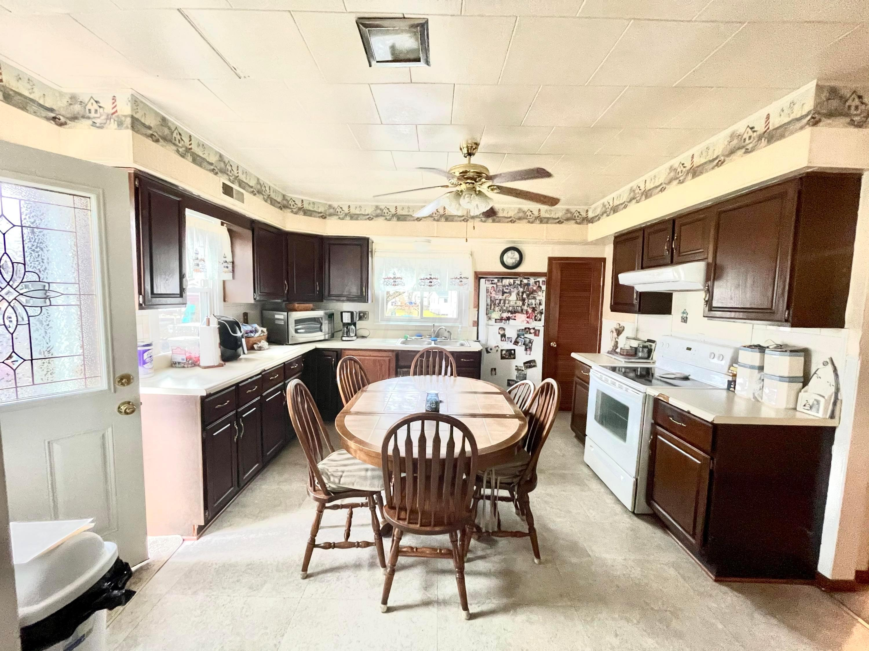 15273 Township Road 493, Thornville, Ohio 43076, 2 Bedrooms Bedrooms, ,2 BathroomsBathrooms,Residential,For Sale,Township Road 493,221000515