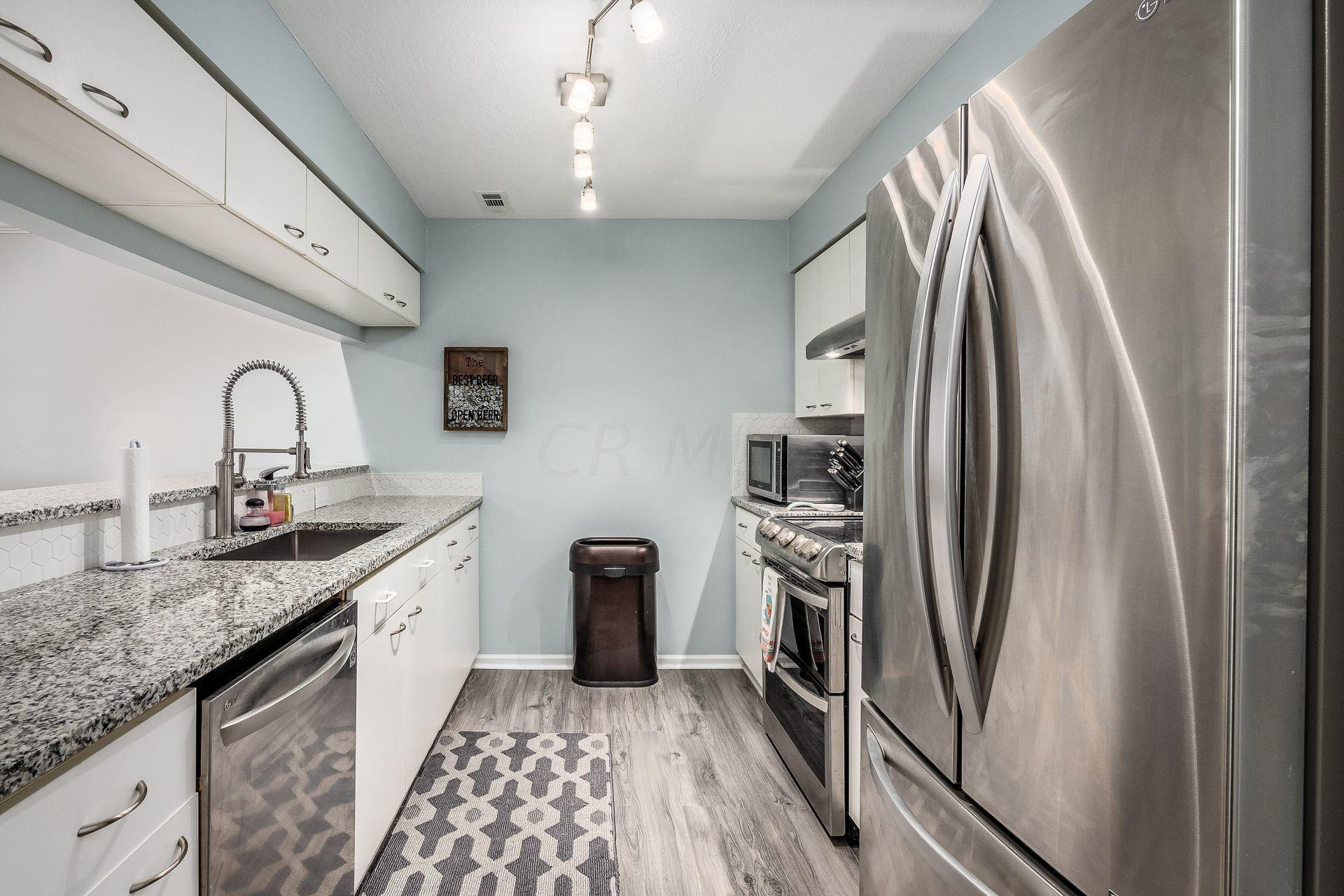13 Lincoln Street, Columbus, Ohio 43215, 1 Bedroom Bedrooms, ,1 BathroomBathrooms,Residential,For Sale,Lincoln,221000563