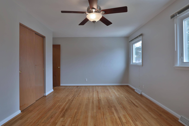 380 Longfellow Avenue, Worthington, Ohio 43085, 4 Bedrooms Bedrooms, ,3 BathroomsBathrooms,Residential,For Sale,Longfellow,221000681
