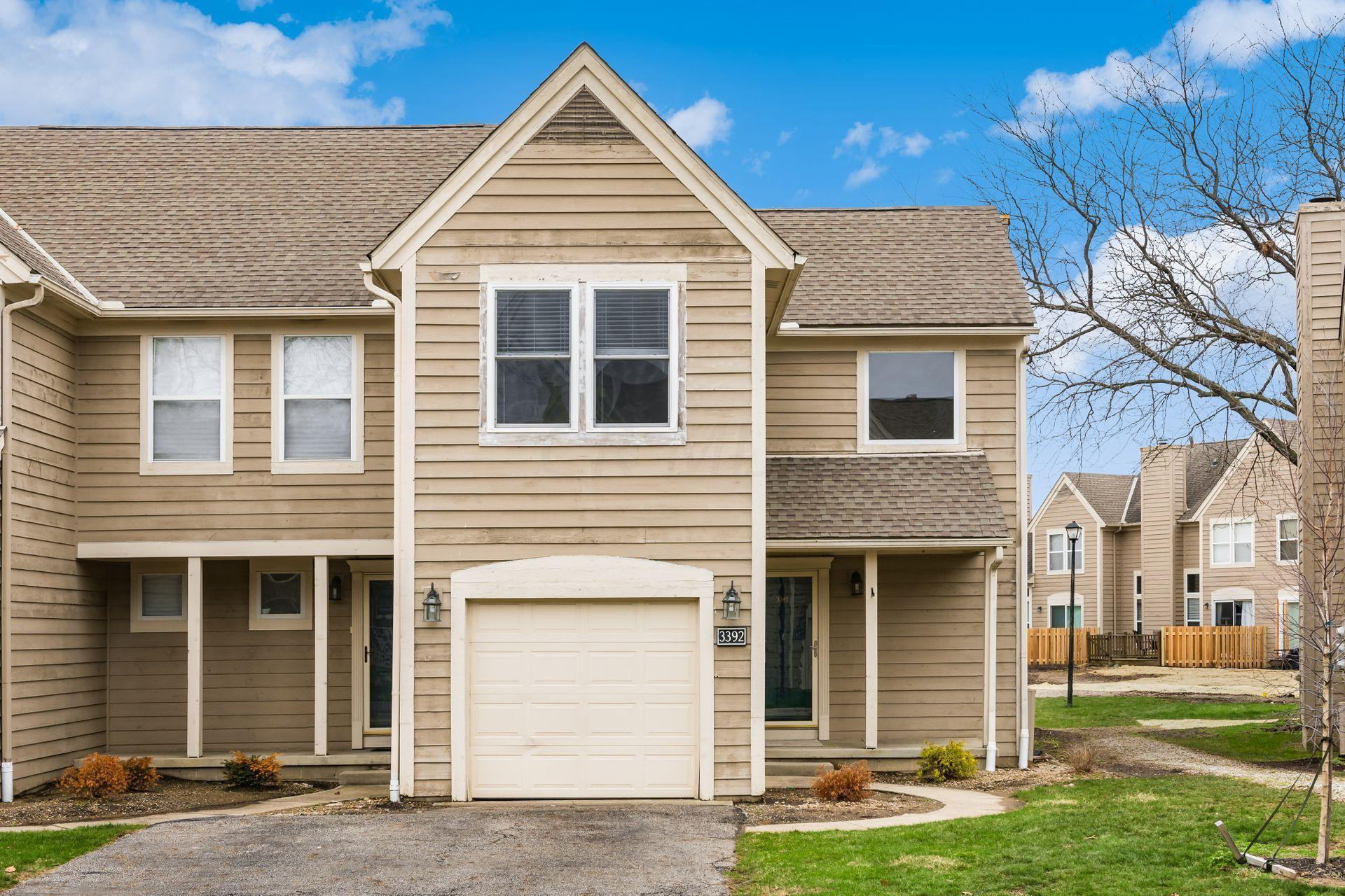 3392 Eastwoodlands Trail, Hilliard, Ohio 43026, 2 Bedrooms Bedrooms, ,3 BathroomsBathrooms,Residential,For Sale,Eastwoodlands,221000611