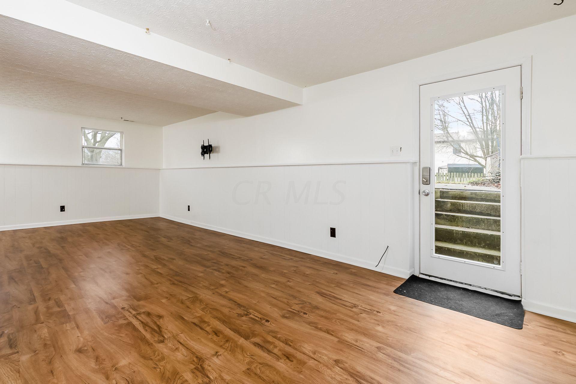 2107 Summit Row Boulevard, Powell, Ohio 43065, 3 Bedrooms Bedrooms, ,2 BathroomsBathrooms,Residential,For Sale,Summit Row,221000701