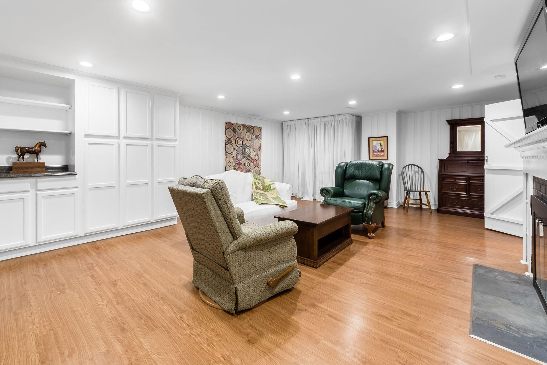 5809 Olentangy Boulevard, Worthington, Ohio 43085, 3 Bedrooms Bedrooms, ,2 BathroomsBathrooms,Residential,For Sale,Olentangy,221000946