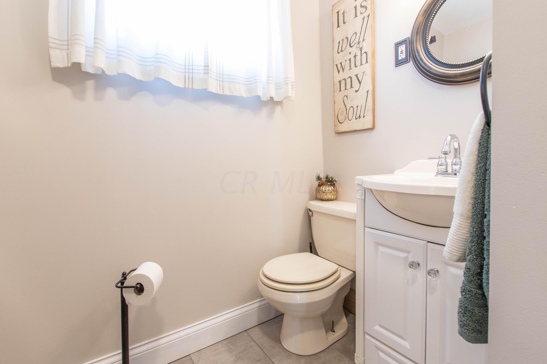 116 1st Street, London, Ohio 43140, 3 Bedrooms Bedrooms, ,3 BathroomsBathrooms,Residential,For Sale,1st,221000793