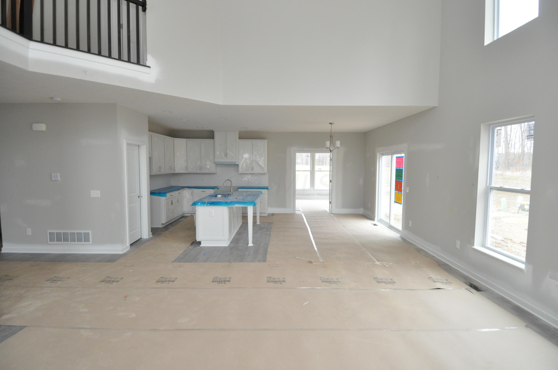 8802 Glacier Pointe Drive, Plain City, Ohio 43064, 4 Bedrooms Bedrooms, ,4 BathroomsBathrooms,Residential,For Sale,Glacier Pointe,221000895