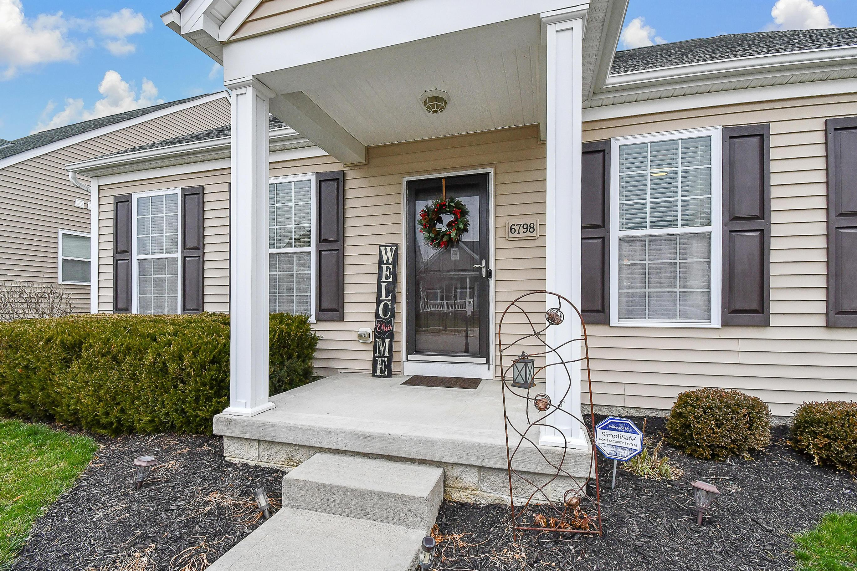 6798 John Drive, Canal Winchester, Ohio 43110, 3 Bedrooms Bedrooms, ,3 BathroomsBathrooms,Residential,For Sale,John,221000935