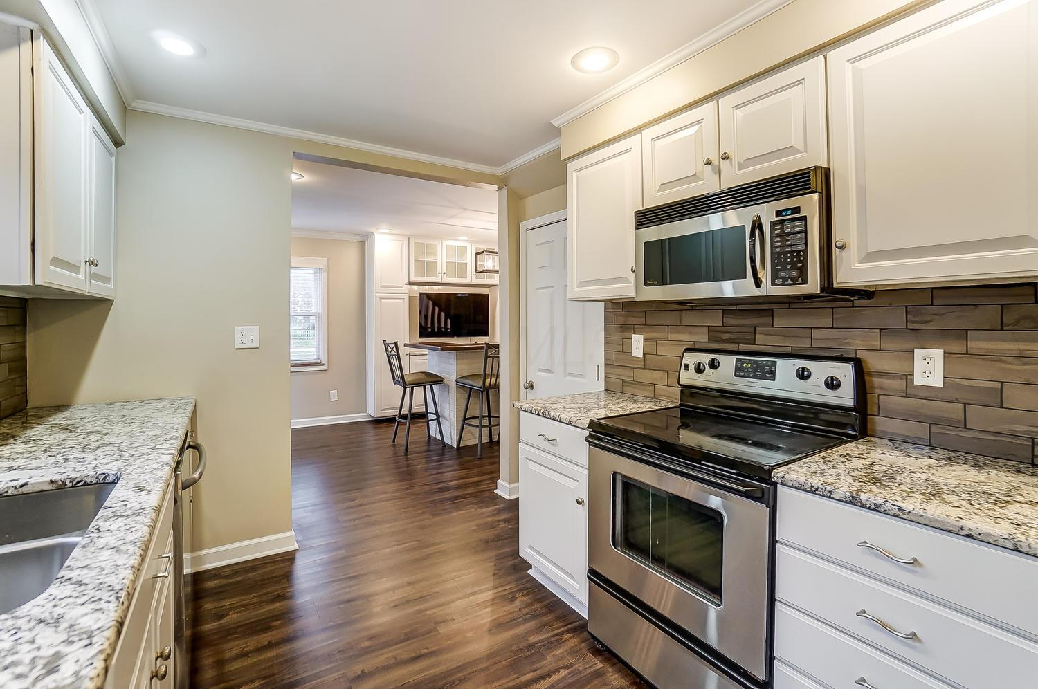 2755 Coventry Road, Upper Arlington, Ohio 43221, 3 Bedrooms Bedrooms, ,2 BathroomsBathrooms,Residential,For Sale,Coventry,221000955