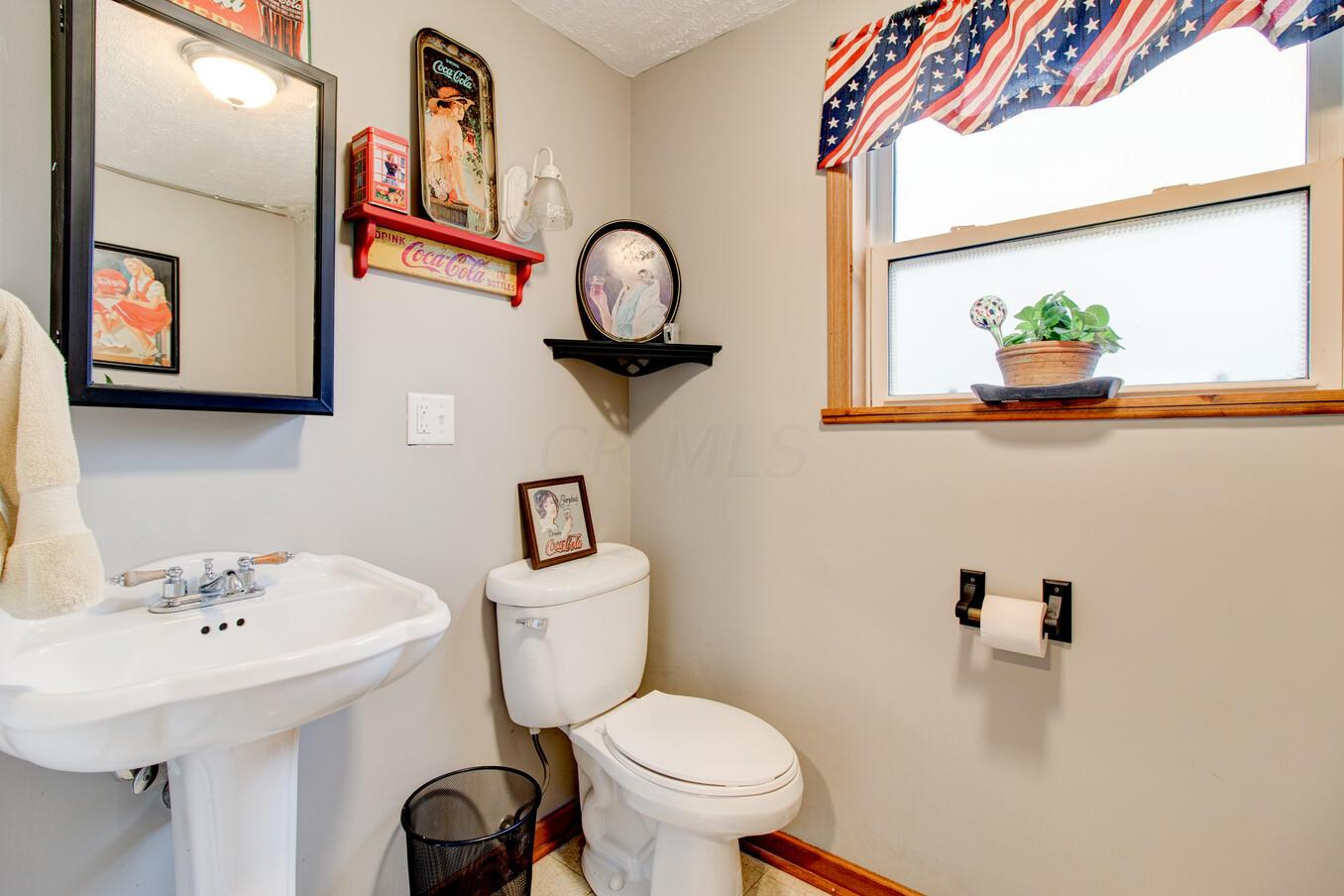 6548 Red Coach Lane, Reynoldsburg, Ohio 43068, 4 Bedrooms Bedrooms, ,2 BathroomsBathrooms,Residential,For Sale,Red Coach,221000963