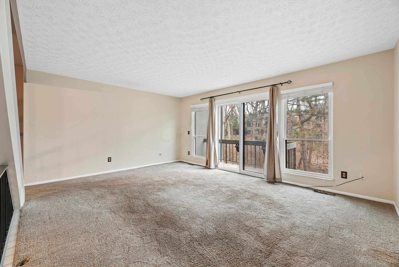 3124 Walden Ravines, Columbus, Ohio 43221, 2 Bedrooms Bedrooms, ,4 BathroomsBathrooms,Residential,For Sale,Walden Ravines,221001024