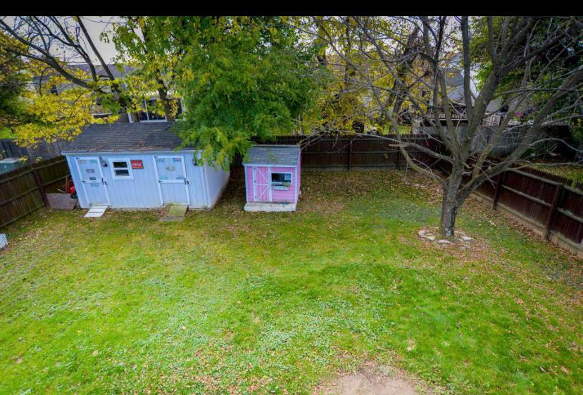 1067 Esther Drive, Columbus, Ohio 43207, 3 Bedrooms Bedrooms, ,2 BathroomsBathrooms,Residential,For Sale,Esther,221000961