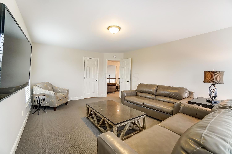 5746 Glendavon Place, Dublin, Ohio 43016, 3 Bedrooms Bedrooms, ,3 BathroomsBathrooms,Residential,For Sale,Glendavon,221001036