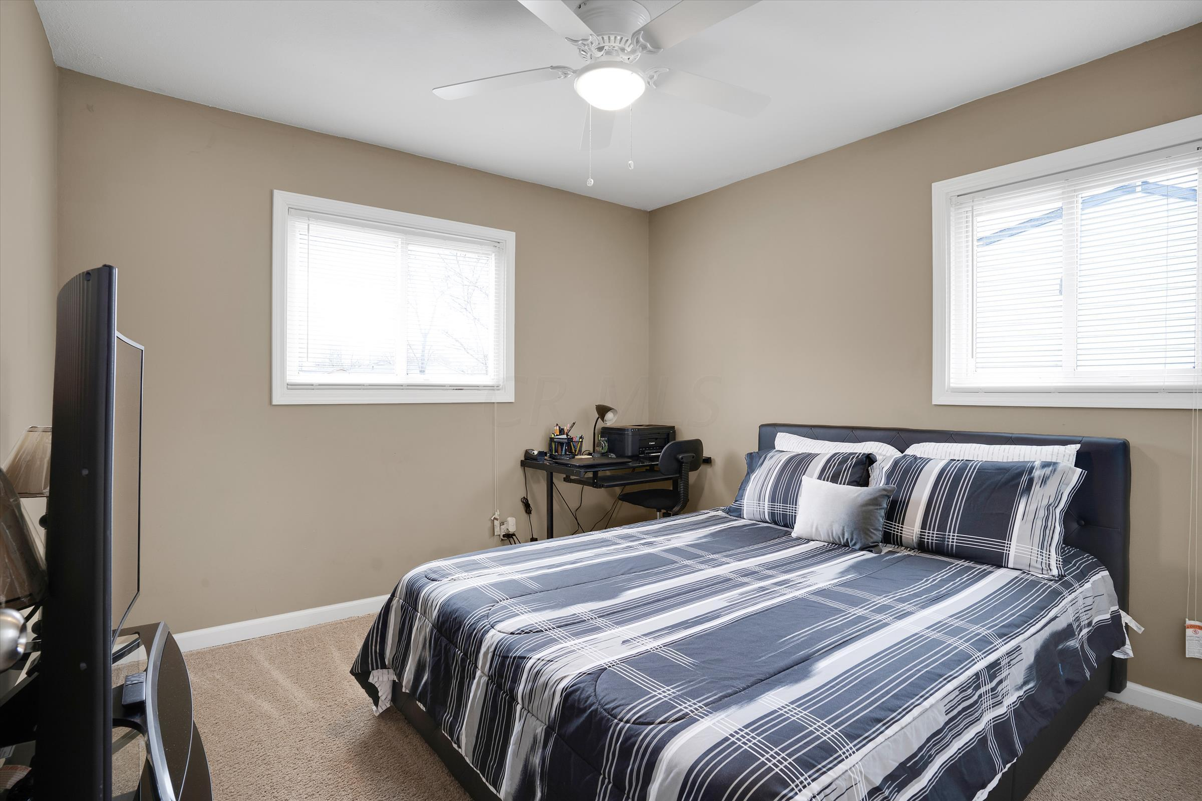 5285 Zimmer Drive, Columbus, Ohio 43232, 3 Bedrooms Bedrooms, ,1 BathroomBathrooms,Residential,For Sale,Zimmer,221001046