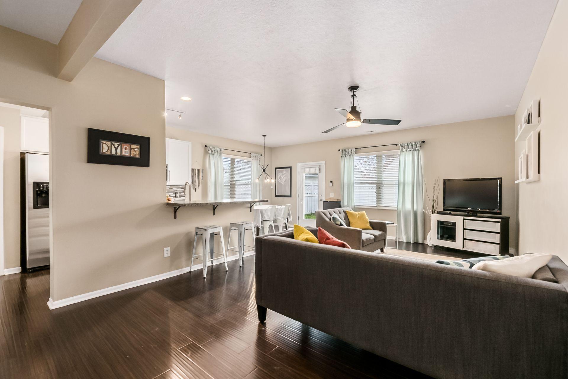 3738 Gibbstone Drive, Columbus, Ohio 43204, 3 Bedrooms Bedrooms, ,3 BathroomsBathrooms,Residential,For Sale,Gibbstone,221001153