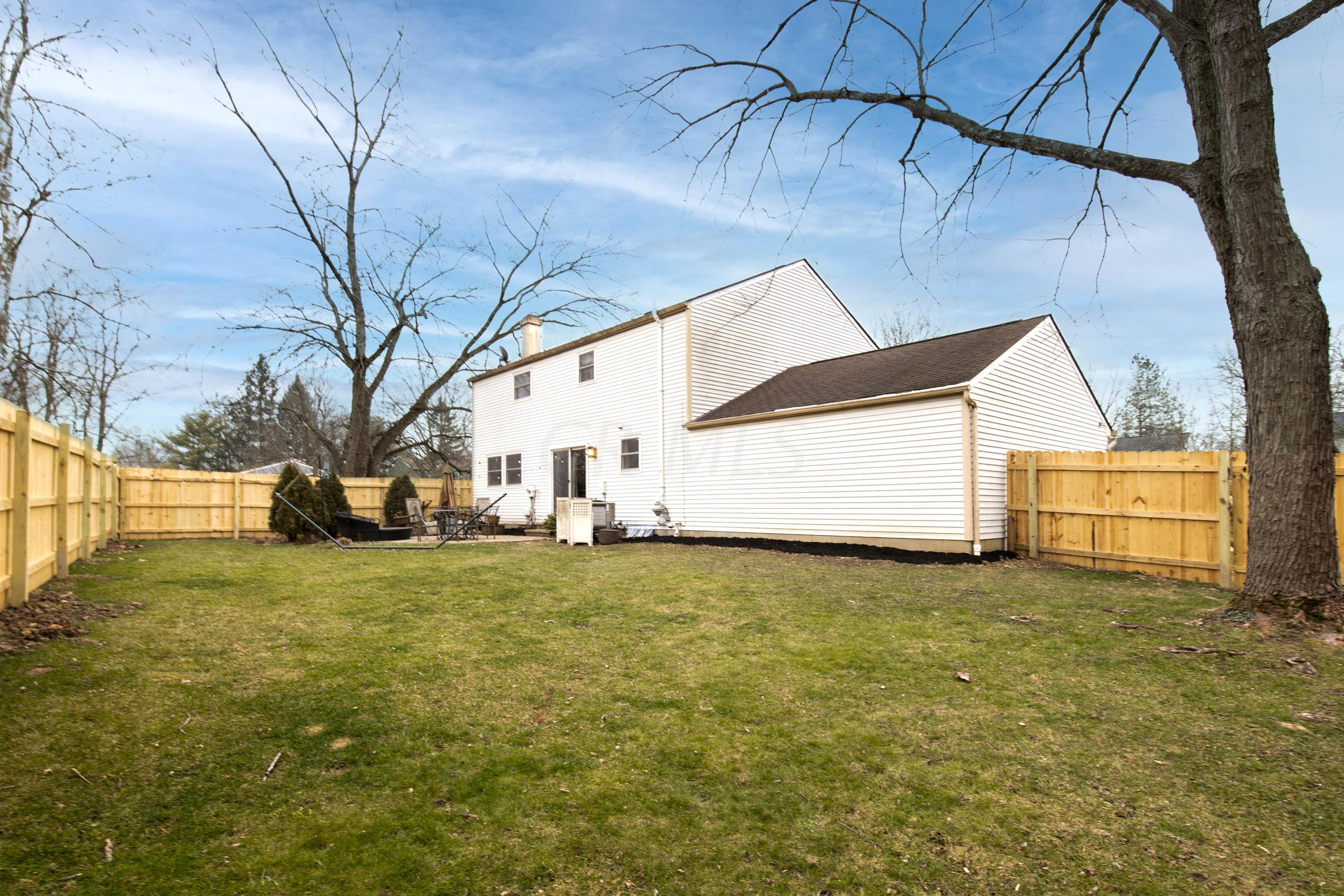 2516 Sawmill Forest Avenue, Dublin, Ohio 43016, 4 Bedrooms Bedrooms, ,3 BathroomsBathrooms,Residential,For Sale,Sawmill Forest,221001047