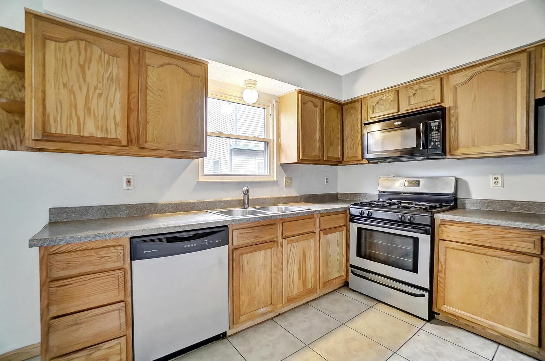 4809 King Albert Drive, Hilliard, Ohio 43026, 3 Bedrooms Bedrooms, ,3 BathroomsBathrooms,Residential,For Sale,King Albert,221001102