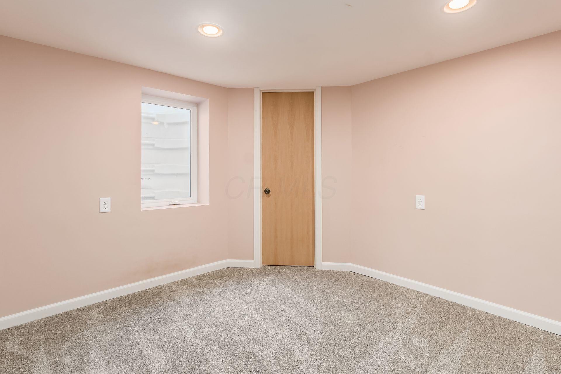 920 Broadleigh Road, Columbus, Ohio 43209, 4 Bedrooms Bedrooms, ,3 BathroomsBathrooms,Residential,For Sale,Broadleigh,221001141