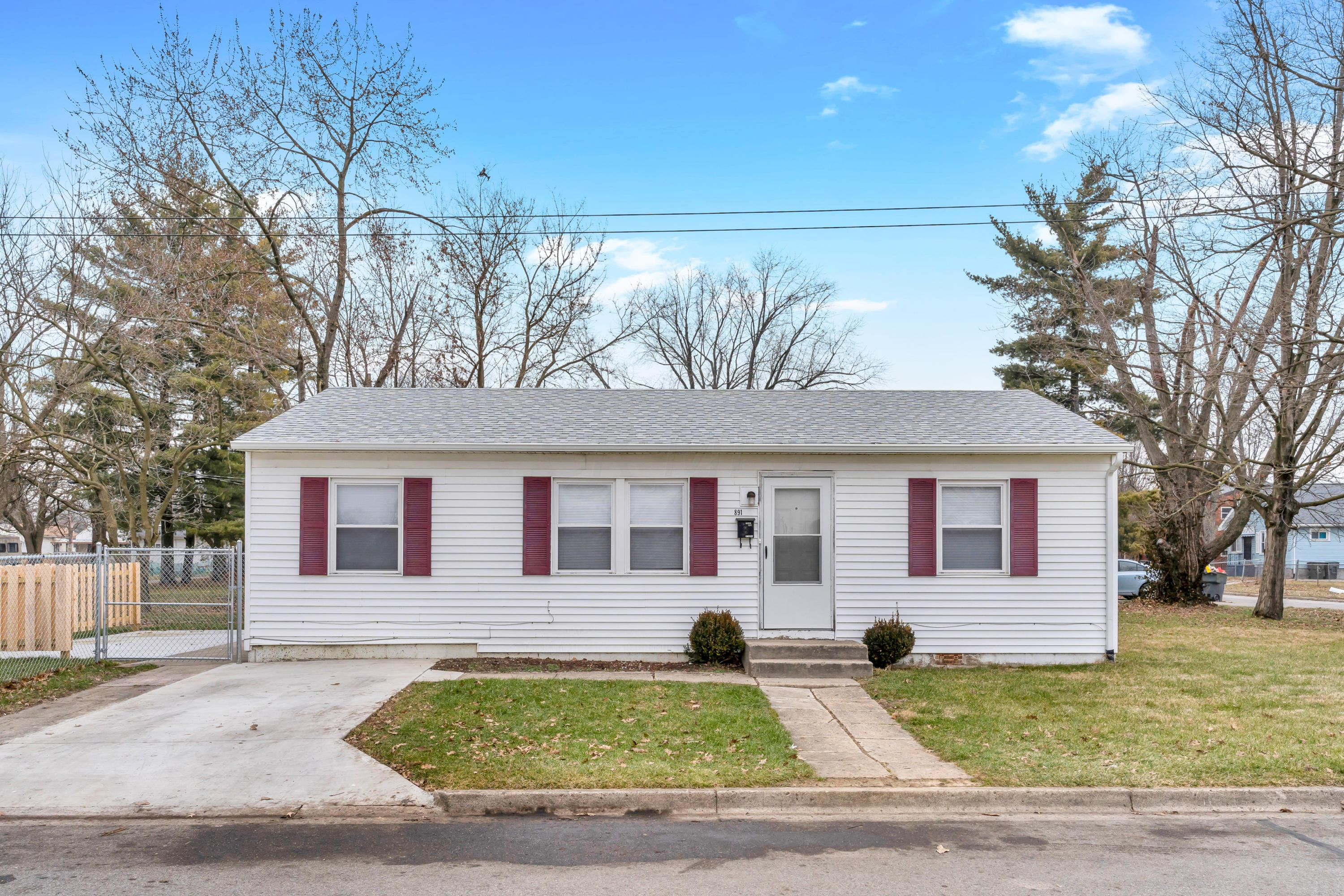 891 Rarig Avenue, Columbus, Ohio 43219, 3 Bedrooms Bedrooms, ,1 BathroomBathrooms,Residential,For Sale,Rarig,221001149