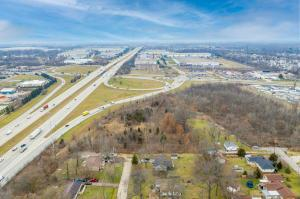 Undefined image of 2550 Chinquo Street, Grove City, OH 43123