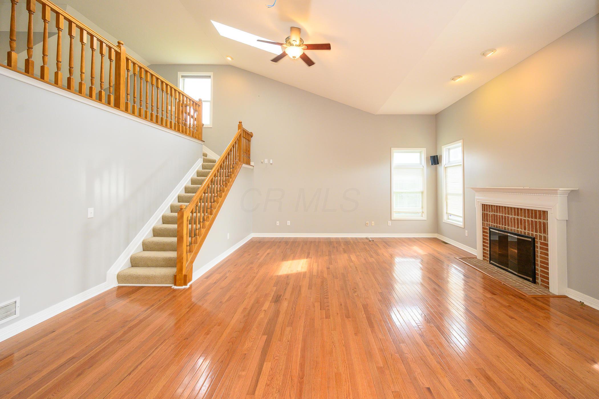 3975 Laurel Valley Drive, Powell, Ohio 43065, 4 Bedrooms Bedrooms, ,3 BathroomsBathrooms,Residential,For Sale,Laurel Valley,221000705