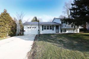6748 Schreiner Street E, Worthington, OH 43085