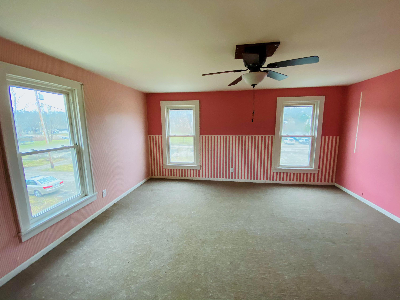 109 Washington Street, Corning, Ohio 43730, 3 Bedrooms Bedrooms, ,2 BathroomsBathrooms,Residential,For Sale,Washington,221001344