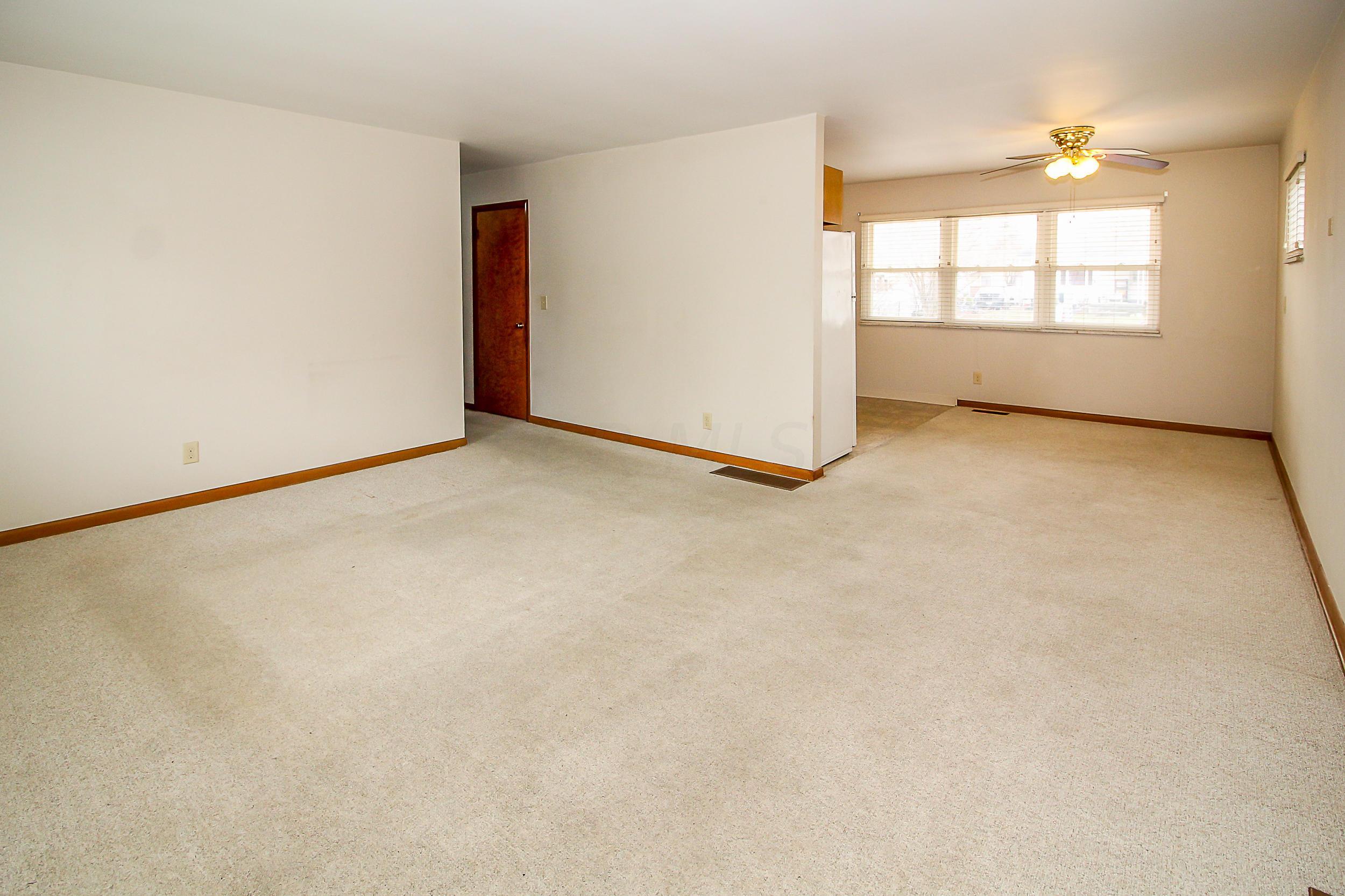 3499 Kroehler Drive, Hilliard, Ohio 43026, 3 Bedrooms Bedrooms, ,1 BathroomBathrooms,Residential,For Sale,Kroehler,221000542