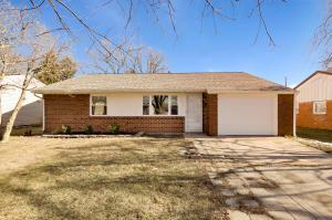 Undefined image of 372 Redmond Road, Columbus, OH 43228