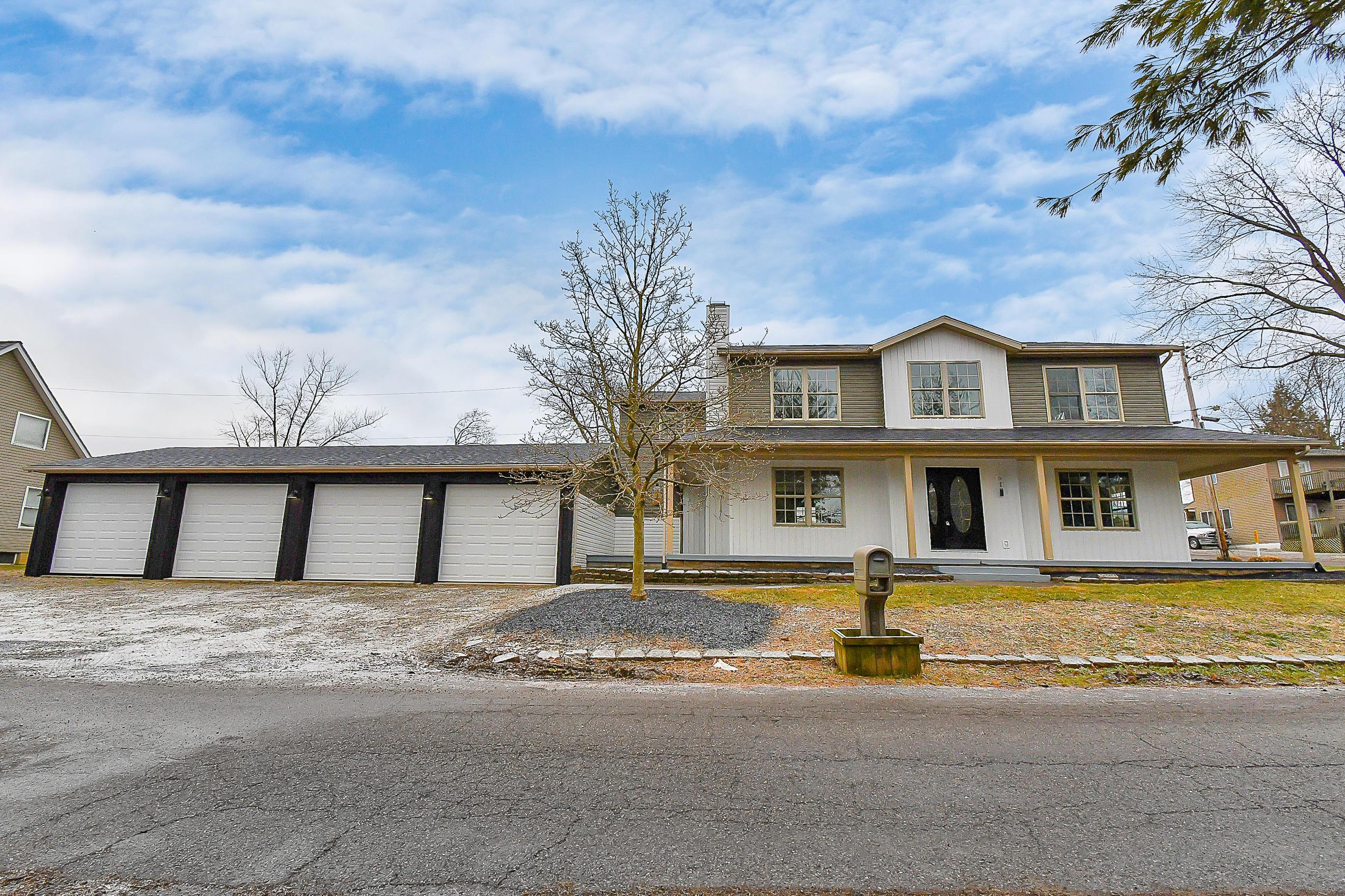 Photo of 551 Zanesville Avenue, Thornville, OH 43076