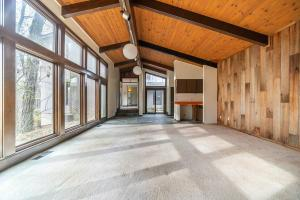 Undefined image of 9400 White Oak Lane, Westerville, OH 43082