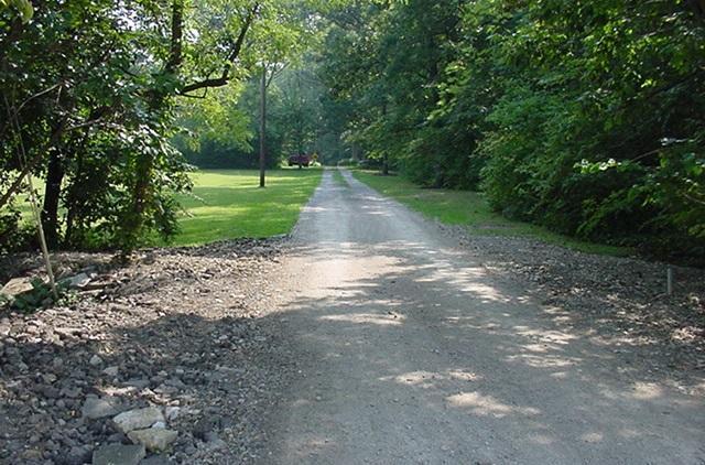 10239 Columbus Pike - Lane View