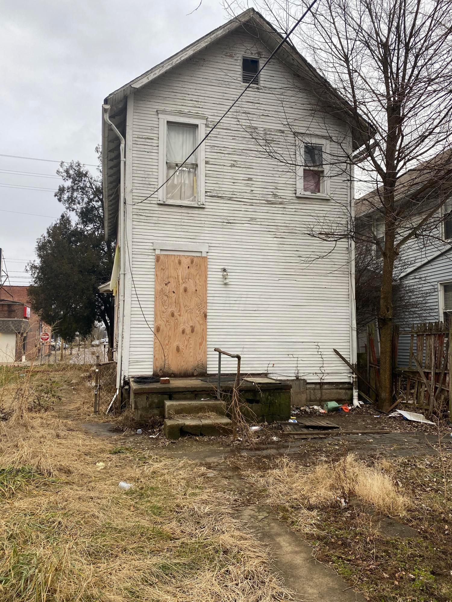 1680 Parsons Avenue, Columbus, Ohio 43207, 3 Bedrooms Bedrooms, ,1 BathroomBathrooms,Residential,For Sale,Parsons,221002347
