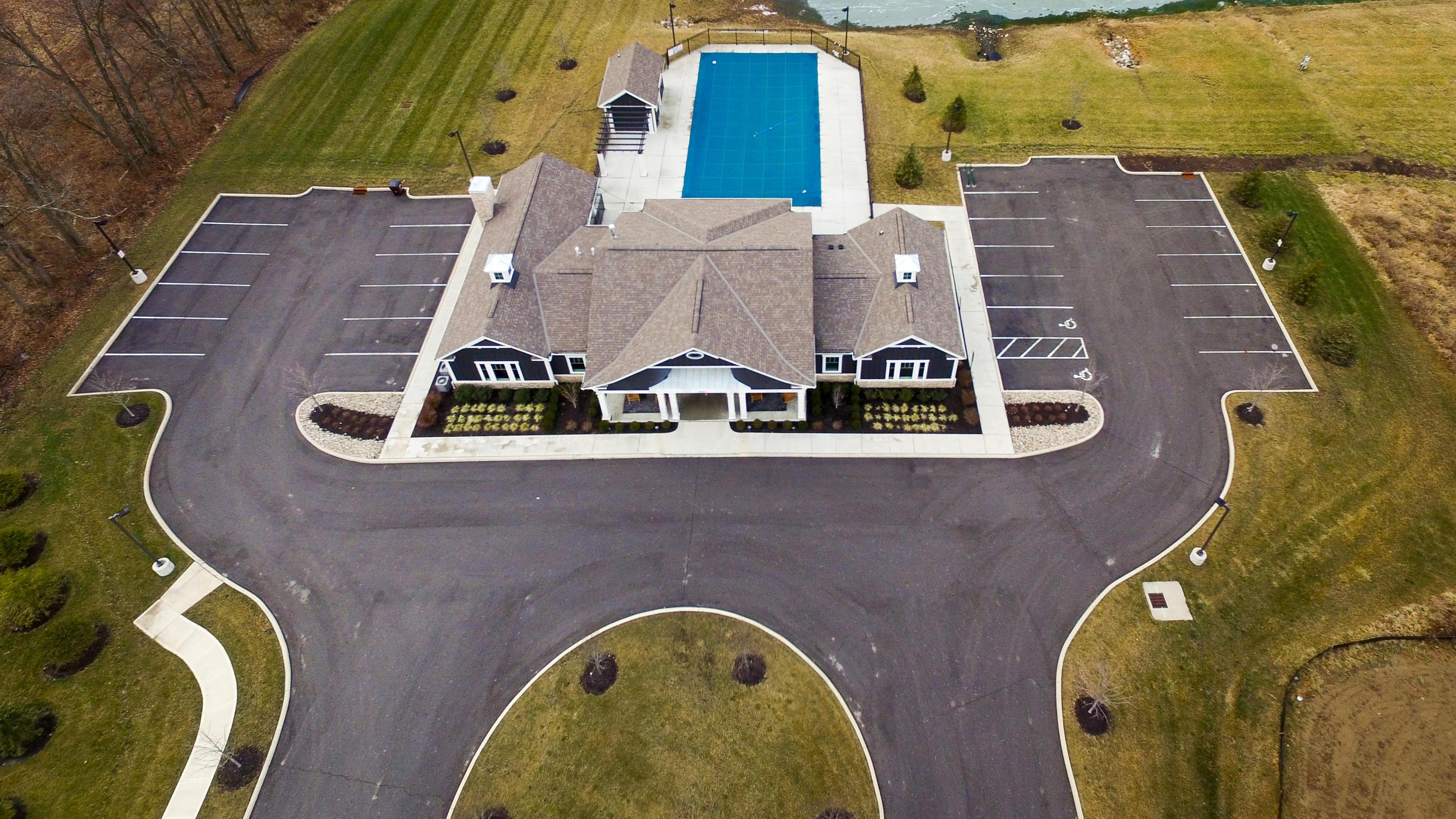 Clubhouse & Pool