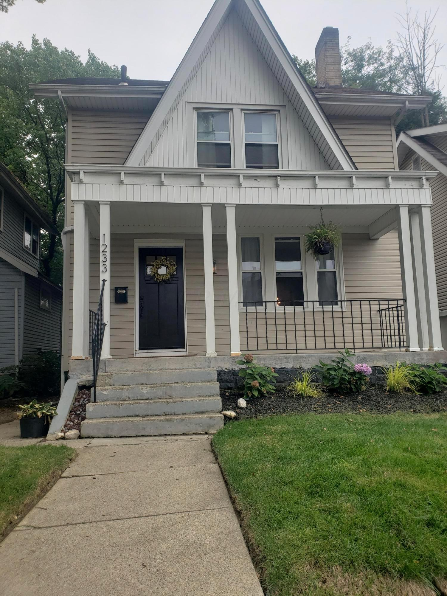 Property for sale at 1233 Wilson Avenue, Columbus,  Ohio 43206