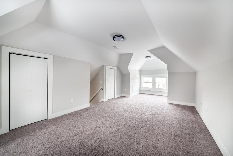 3rd Fl Bonus Room