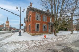 Undefined image of 304 S Court Street, Circleville, OH 43113