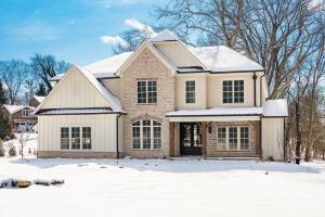Undefined image of 2725 Fairfax Drive, Upper Arlington, OH 43220