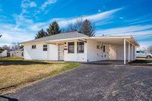 Undefined image of 4303 Robin Street, Grove City, OH 43123