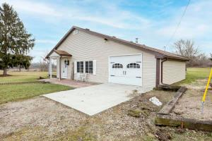 9667 Loop Road, Millersport, OH 43046