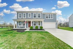 2916 Square Ft Colonial Home