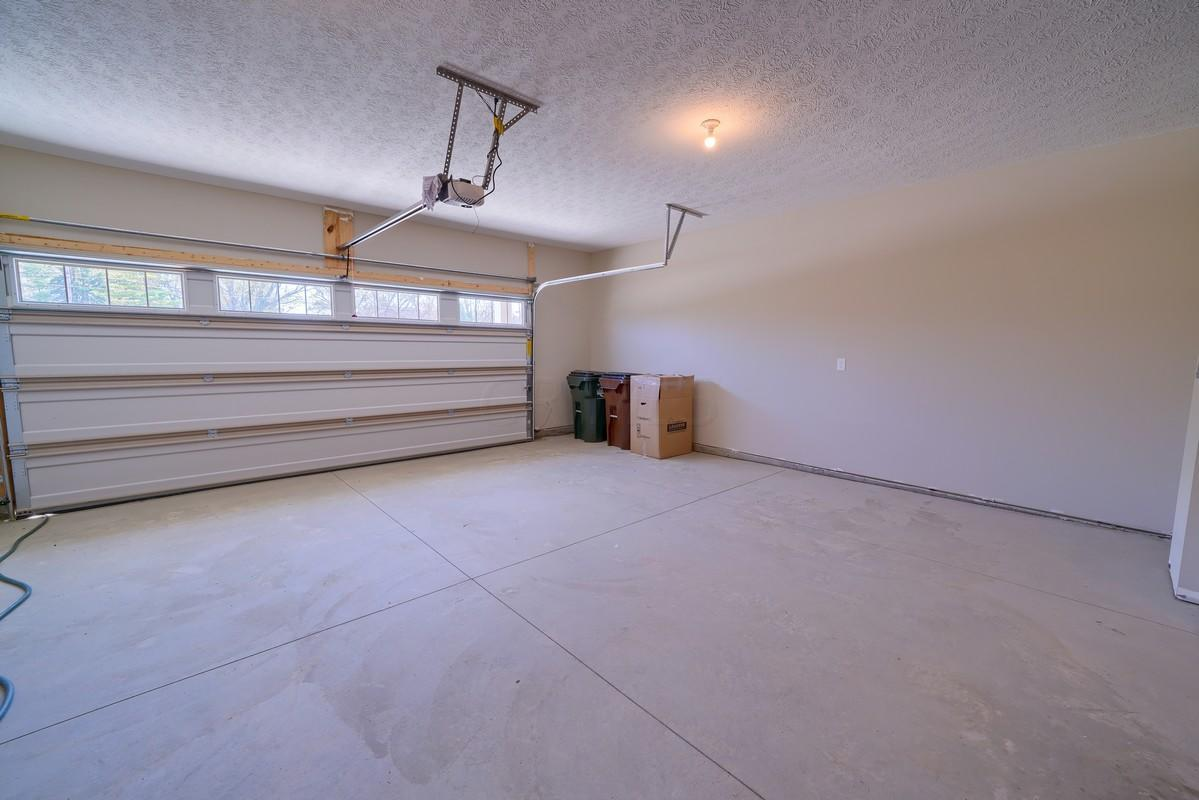 2.5 car garage