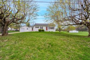 8425 Jefferson Road NW, Carroll, OH 43112
