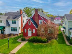 Undefined image of 1018 E King Street, Lancaster, OH 43130