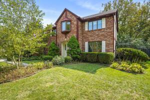 6490 Meadowbrook Circle, Worthington, OH 43085