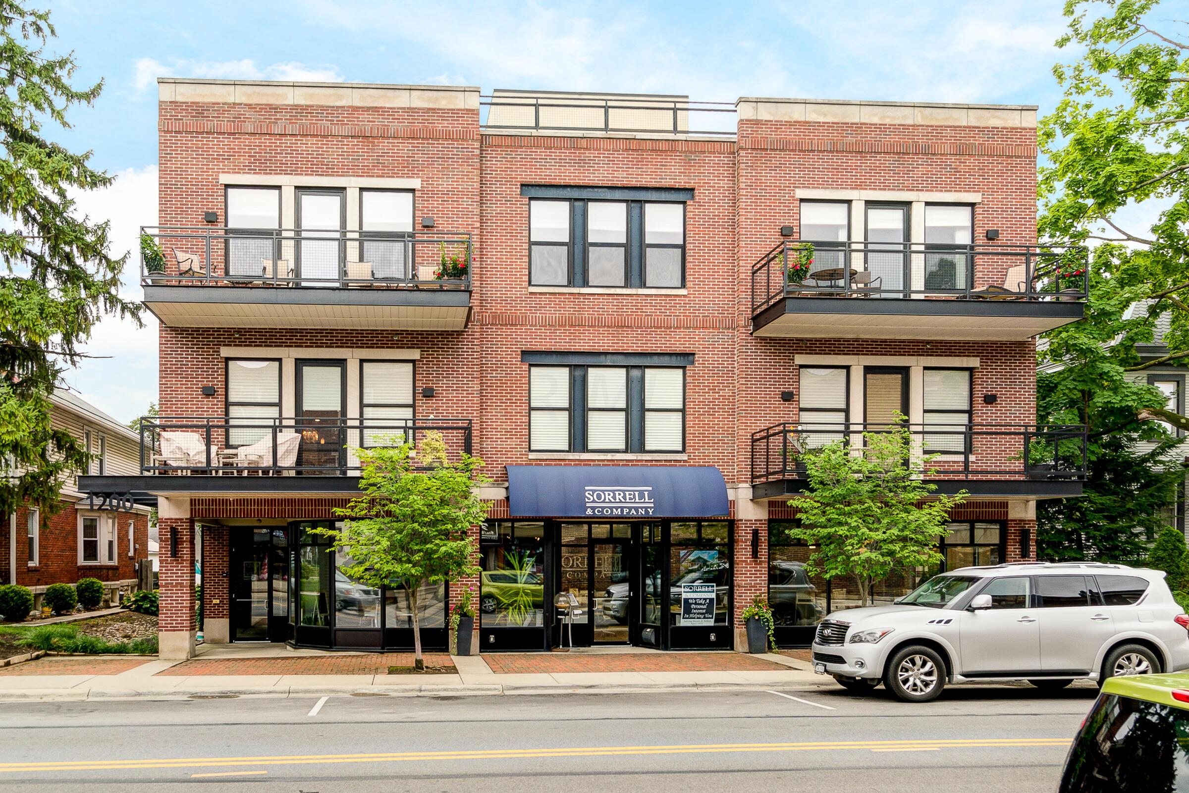 Property for sale at 1200 Grandview Avenue 202, Columbus,  Ohio 43212