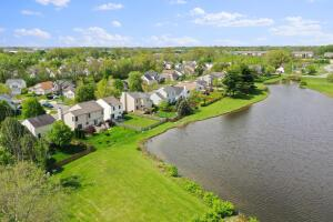 3512 Brook Spring Drive, Grove City, OH 43123